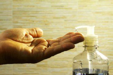 Wie benutzt man Gleitgel? 5 Tipps für´s anwenden & auftragen